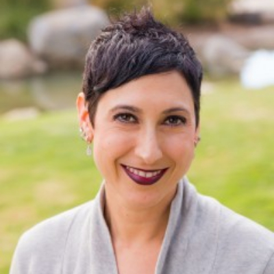 Dr. Lisa Weiss